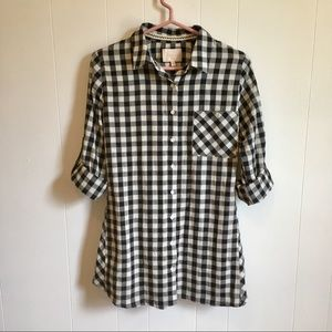Skies Are Blue Black & White Gingham Top